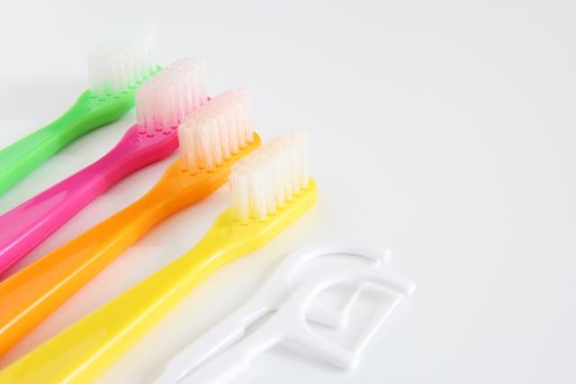 歯科医師と歯科衛生士の違い|業務範囲とやってはいけないこととは?