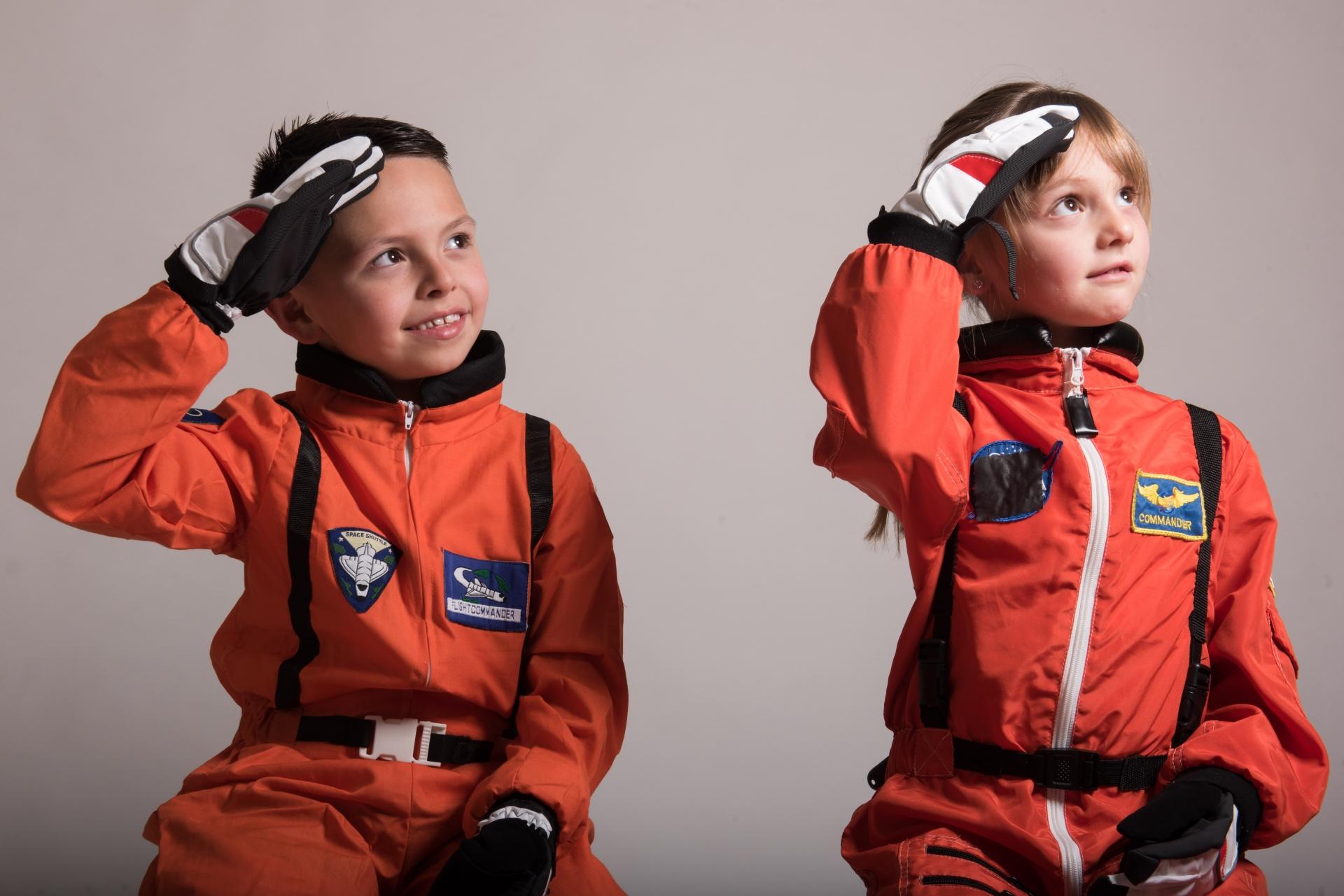 宇宙飛行士は虫歯があるとなれない?歯痛が起こる職業とは